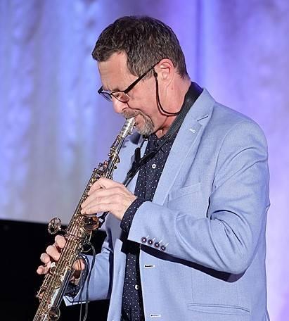 Tłumnie przybyli miłośnicy dobrej muzyki na  5. edycję Inowrocławskich  Zaduszek Jazzowych, których  miejscem   była  Sala Koncertowa   im.  Ireny Dubiskiej.