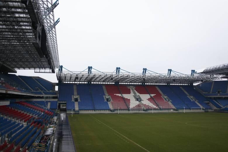 """Kraków. Aneks do umowy dotyczącej projektu stadionu Wisły. Do dyskusji mają się włączyć kibice """"Białej Gwiazdy"""""""