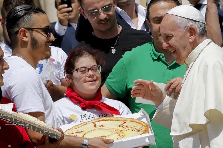 Papież Franciszek w Częstochowie. Seniorze, Ty też możesz zobaczyć Ojca Świętego na Jasnej Górze ŚDM