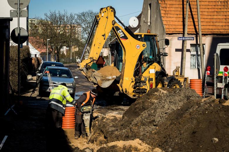 W poniedziałek, 4 marca rozpoczną się kolejne prace związane z rewitalizacją Starego Fordonu. Drogowcy wykonali już pierwsze roboty na przyległych uliczkach