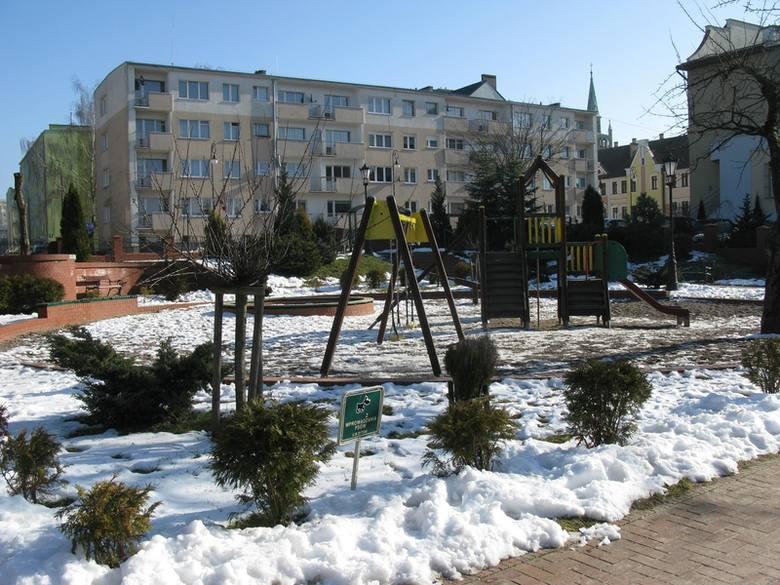 Park przy ulicy Bauera w Bytowie