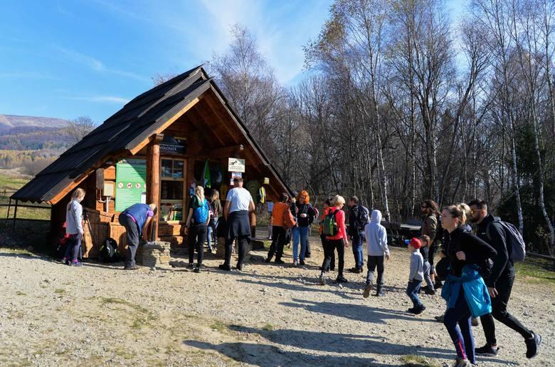 Ostatni weekend października to świetna okazja na wypad w Bieszczady. Zobaczcie zdjęcia ze szlaku Wołosate-Tarnica.POLECAMY:• Czy Galeria nad Berehami