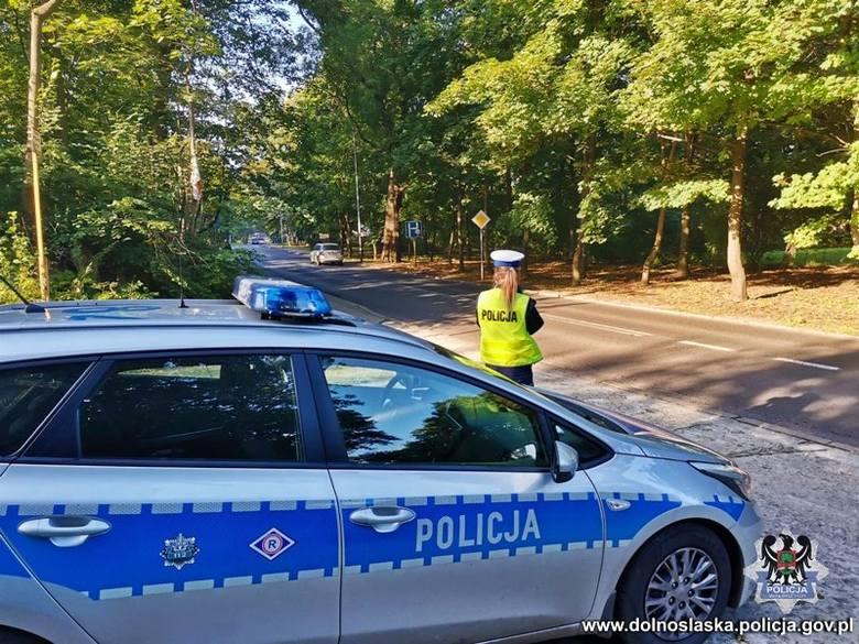 Szybka akcja dolnośląskiej policji. 21 kierowców zostało bez prawa jazdy! [ZDJĘCIA]