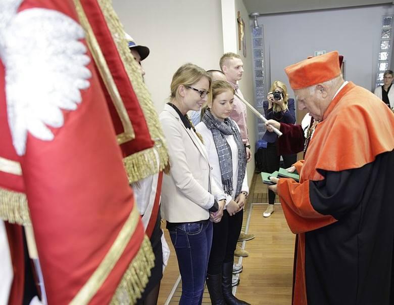 Inauguracja w Wyższej Szkole Zarządzania i Administracji w Opolu odbyła się już po raz 19. Pojawiły się na niej gwiazdy polskiej reprezentacji, a zarazem