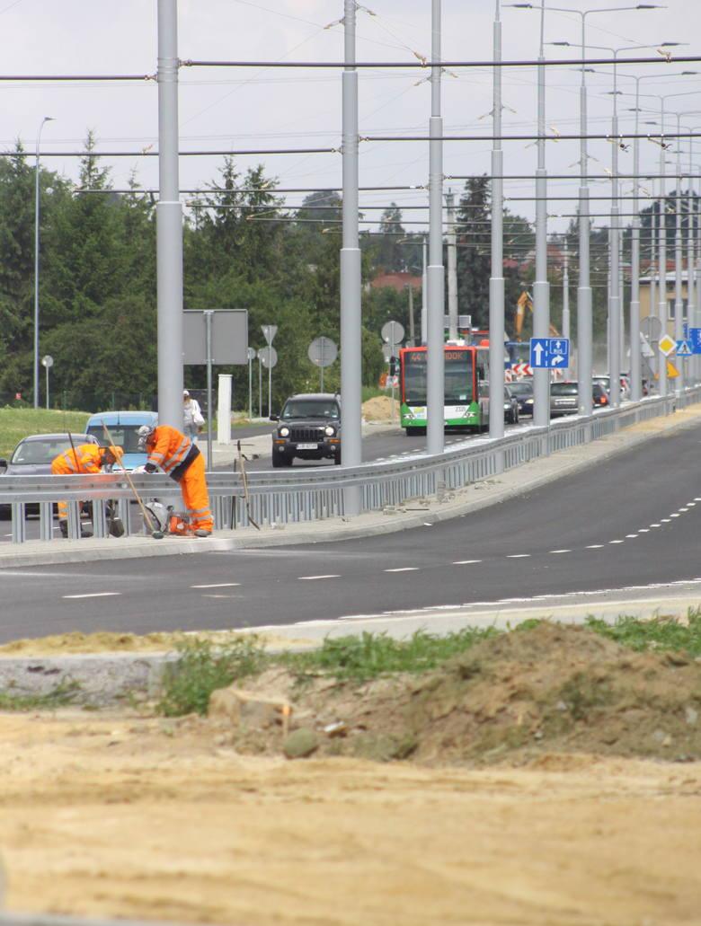 Rozbudowa ul. Choiny i budowa trakcji trolejbusowej przez Czechów kosztuje 37,4 mln zł