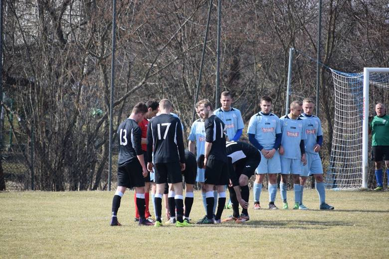 Kamienna wygrała ze Zdrojem w meczu 1/8 regionalnego Pucharu Polski