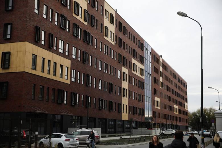Studenci wynajęli połowę miejsc w prywatnym akademiku LivinnX Kraków. Większość z nich to obcokrajowcy