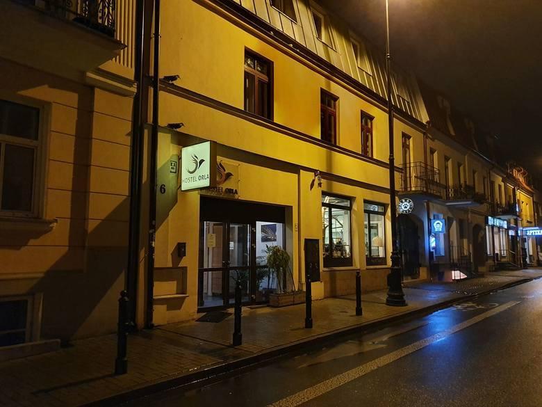 Zwłoki chłopca w hostelu w Lublinie. Matka 10-latka została zatrzymana w Puławach