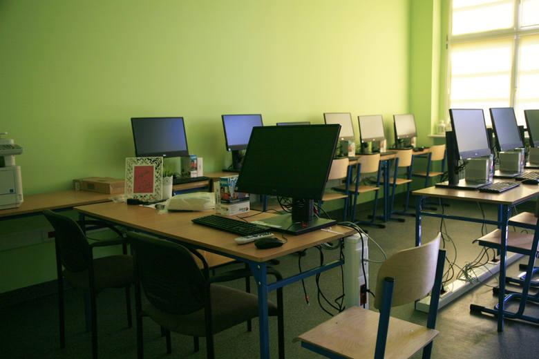Po pierwszej turze rekrutacji do szkół w Poznaniu nie dostało się ponad 3 tys. kandydatów. Od dziś trwa rekrutacja uzupełniająca. Jak zakończy się chaos,