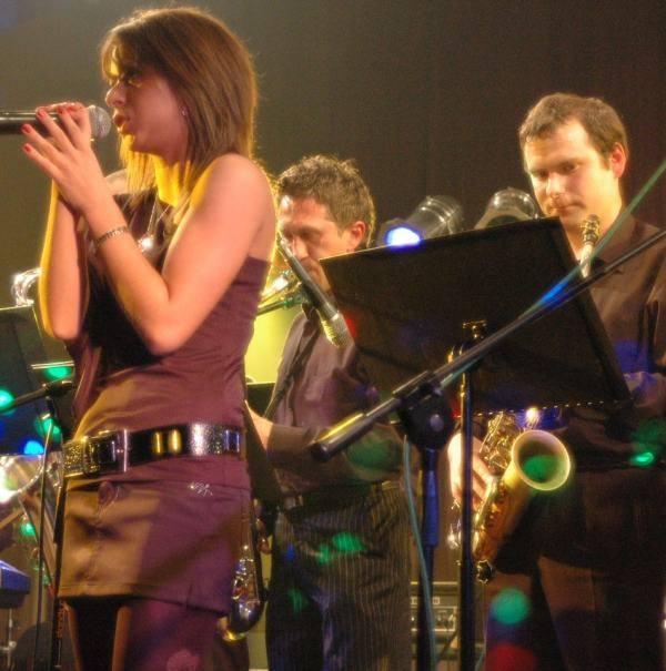 Ryglewski Band gra na festiwalu Jazz na Wsi nieprzerwanie od 18 lat, wymieniając tylko co jakiś czas wokalistki na młodsze.