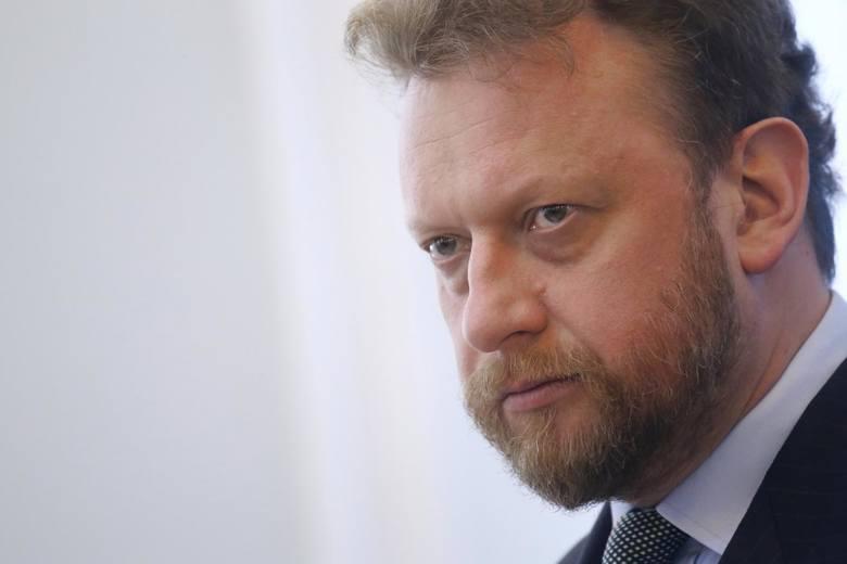 Jak tłumaczył premier, minister Szumowski postępował we właściwy sposób i ma jego  pełne poparcie.