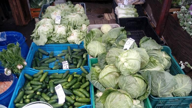 Ceny warzyw na ryneczku przy ul. Owocowej w Zielonej Górze