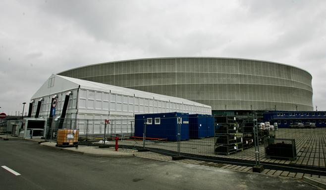 Wrocław: Przy stadionie powstaje miasteczko kontenerowe