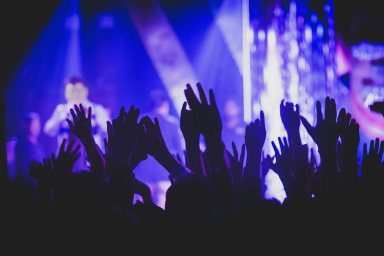 Rok 2019 będzie rokiem muzycznych gwiazd. Do Polski przyjadą wokaliści i zespoły reprezentujące absolutnie KAŻDY gatunek muzyczny. Elton John zagra w