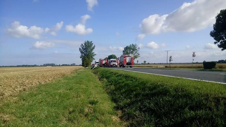 To informacja dosłownie sprzed chwili. Przekazał nam ją Czytelnik. Na drodze krajowej nr 31 w Ługach Górzyckich doszło do poważnego wypadku.Aktualizacja
