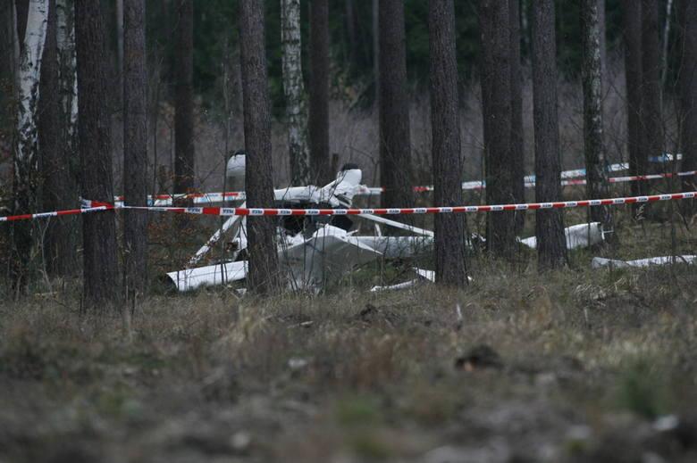 Policyjny samolot Aeroprakt 22LS. Ta maszyna robiła się w sobotę między Lubinem a Rudną