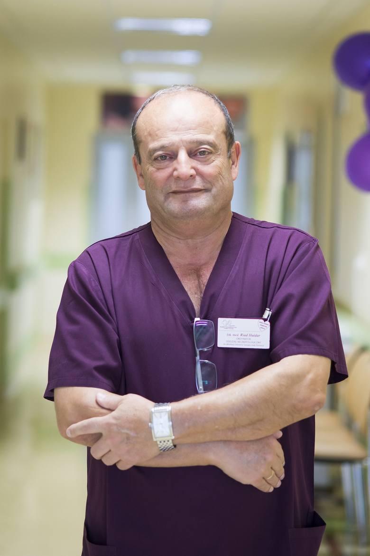 Lek. med. Riad Haidar jest ordynatorem oddziału neonatologii szpitala wojewódzkiego w Białej Podlaskiej. Wraz z zespołem ratuje ponad 200 wcześniaków