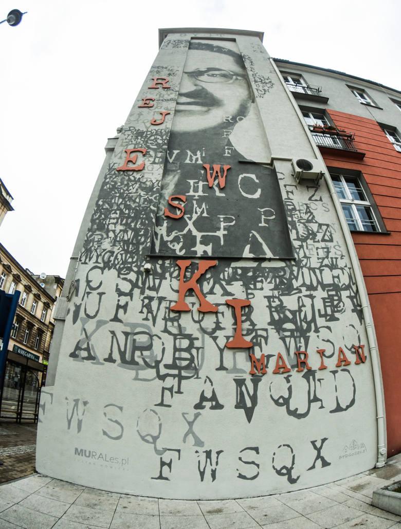 Bydgoskie murale robią wrażenie, zobaczcie, gdzie można znaleźć najpiękniejsze. Mural poświęcony Marianowi Rejewskiemu można znaleźć przy ul. Gdańskiej,
