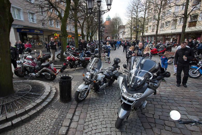 Otwarcie sezonu motocyklowego w Słupsku (zdjęcia, wideo)
