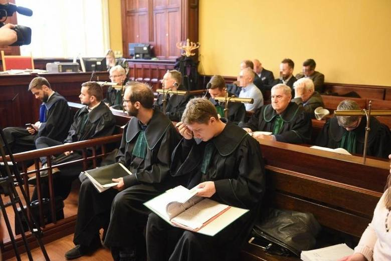 Wczoraj w Toruniu ruszył proces bossa bydgoskiego półświatka i jego grupy