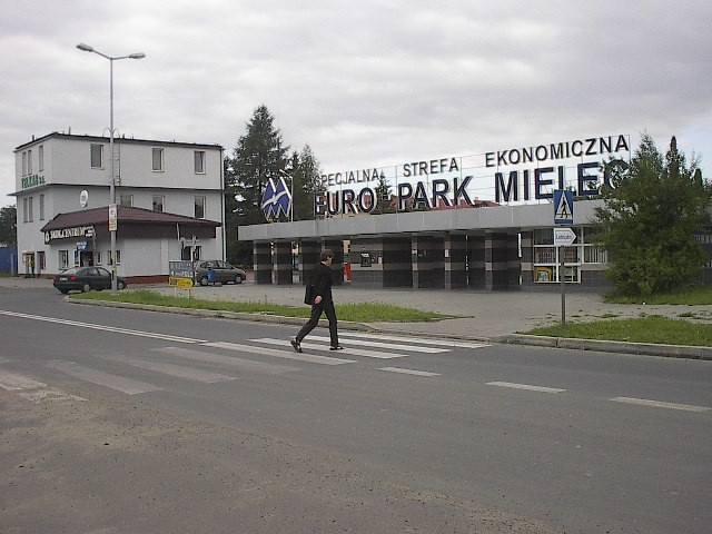 Zobacz, co produkują firmy w strefie w podrzeszowskiej Rogoźnicy