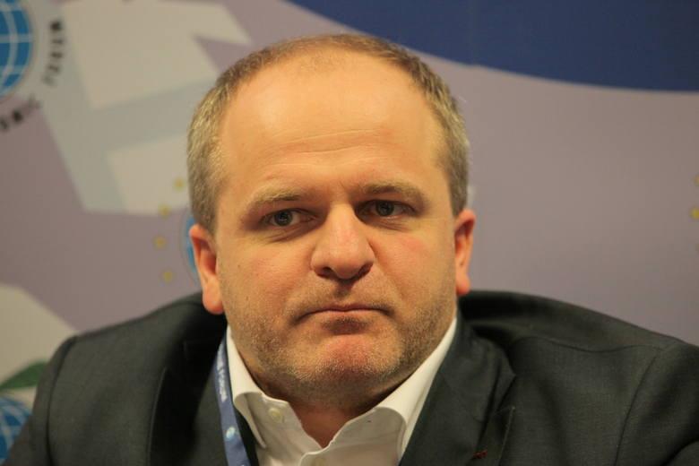 Zniesienie wiz dla Ukraińców wiele nie zmieni na polskim rynku pracy [ROZMOWA]