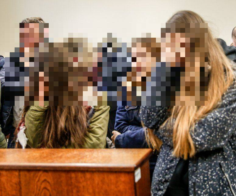 """Wyrok w sprawie brutalnych pobić gimnazjalistek: """"Gang młodocianych  przestępczyń"""" [zdjęcia] - Dziennikbaltycki.pl"""