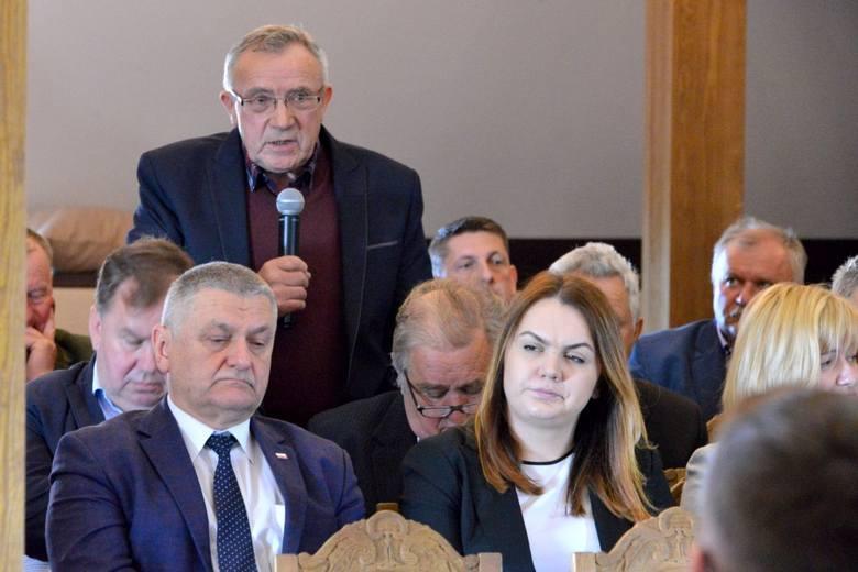 II Świętokrzyskie Forum Rolnicze w Tokarni. Pomoc dla grup i spółdzielni, wejście na półki dużych sieci - rolnicy zgłaszali potrzeby