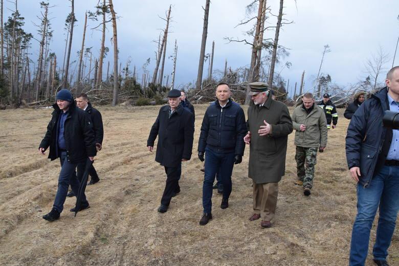 Prezydent Andrzej Duda na terenach dotkniętych przez sierpniową nawałnicę [20.03.2018]