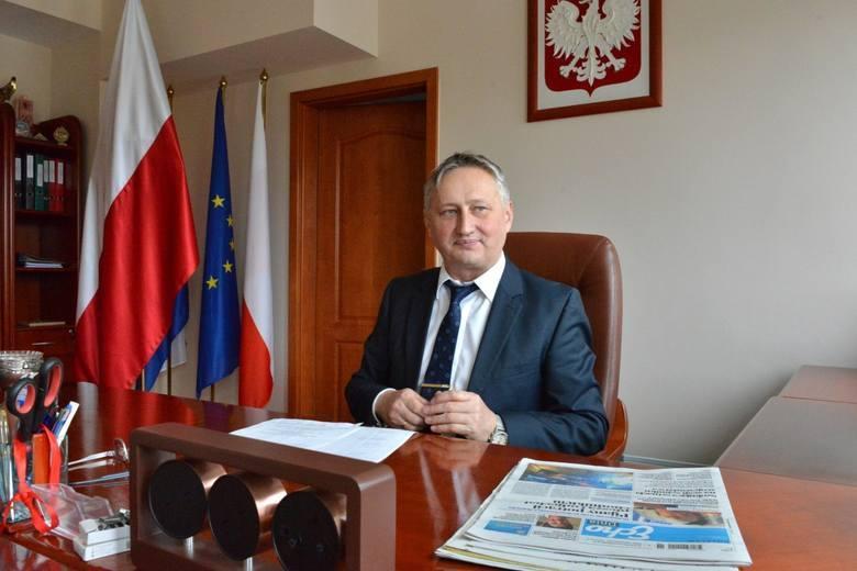 """Wojewoda: Sytuacja w Starachowicach jest pod kontrolą. W razie potrzeby pomogą """"terytorialsi"""""""
