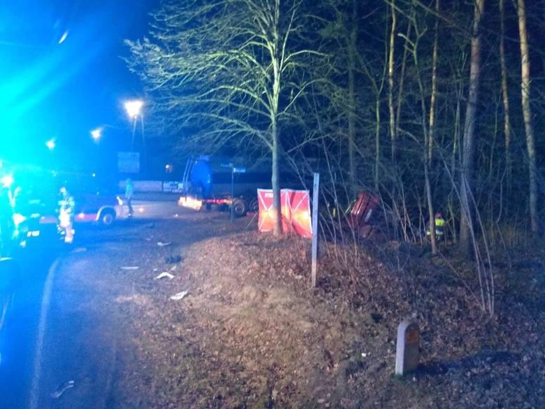 Wypadek ciężarówki i auta osobowego w powiecie niżańskim. Zginęła młoda kobieta!