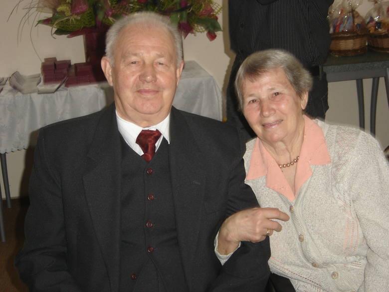 Pięćdziesięciolecie zawarcia małżeństwa obchodzili państwo Zofia i Stanisław Kondzior z Iwanówki