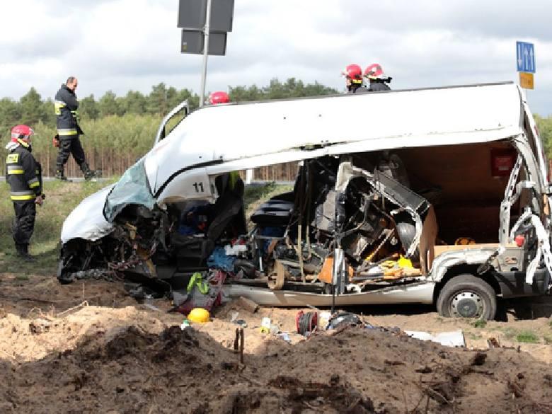 Na S3 pod Zawadą doszło do zderzenia dwóch pojazdów.