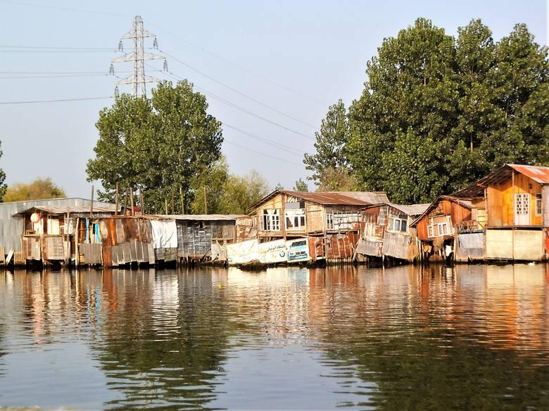 Mieszkańcy tzw. laguny żyją w oddaleniu od cywilizacji