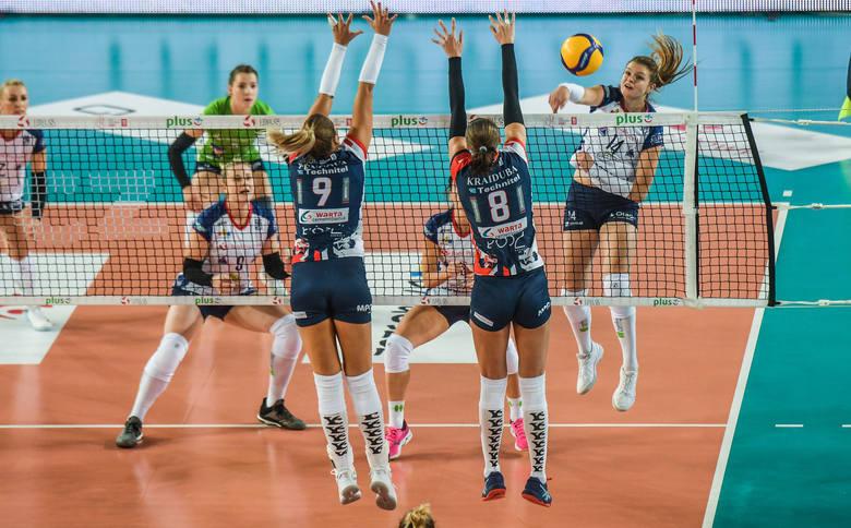 Atakuje Monika Fedusio, która przeciwko Grotowi Budowlani Łódź zdobyła 23 punkty. Kolejna okazja do zdobyczy indywidualnych i punktów meczowych w sobotę