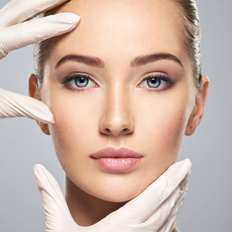 Jak zadbać o skórę po wakacjach? Przedstawiamy kilka sposobów na domową regenerację oraz popularne zabiegi