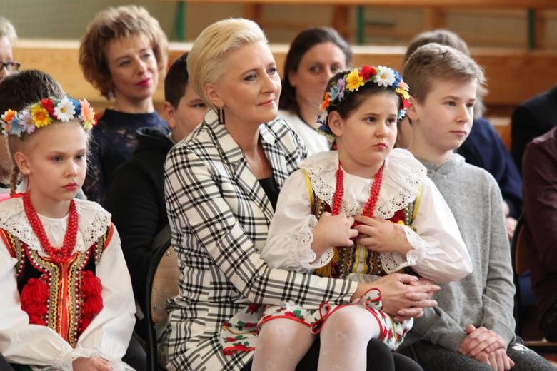 Agata Kornhauser-Duda w szkole w Sichowie. Zobacz kulisy spotkania (ZDJĘCIA)