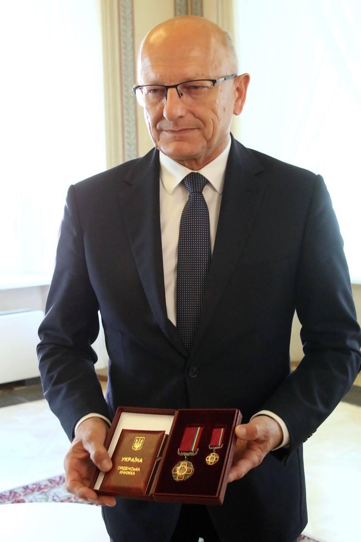 """Krzysztof Żuk jest pierwszym polskim prezydentem miasta, który otrzymał to ukraiński order """"Za Zasługi"""""""