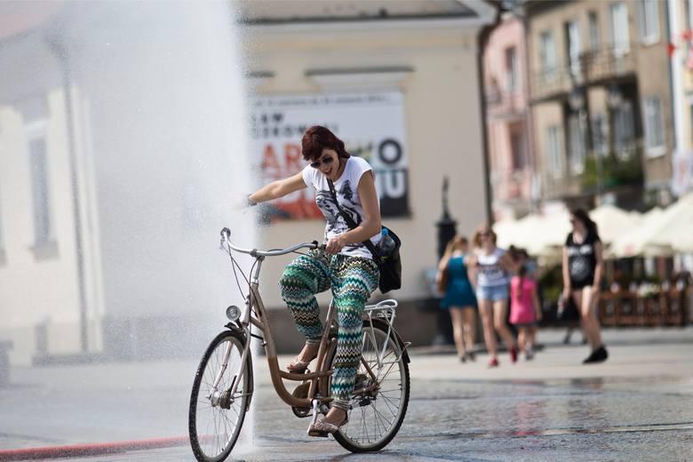 Radny PiS chce, by miasto stawiało kurtyny wodne w różnych punktach Białegostoku. Wodociągi mówią jednak: Nie