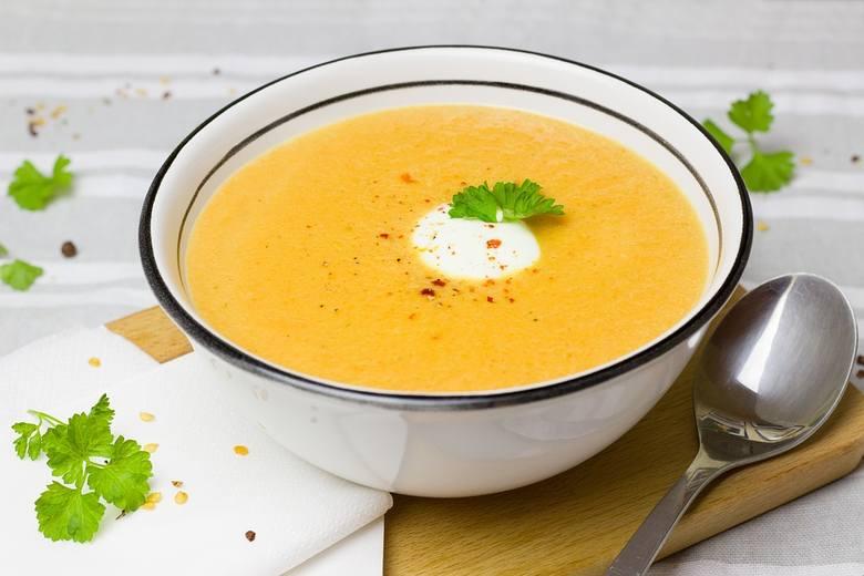 Gotowanie potraw jest zalecaną techniką kulinarną w przypadku bólów żołądka. Przygotowywane w wodzie lub na parze chude mięso i warzywa mają miększą