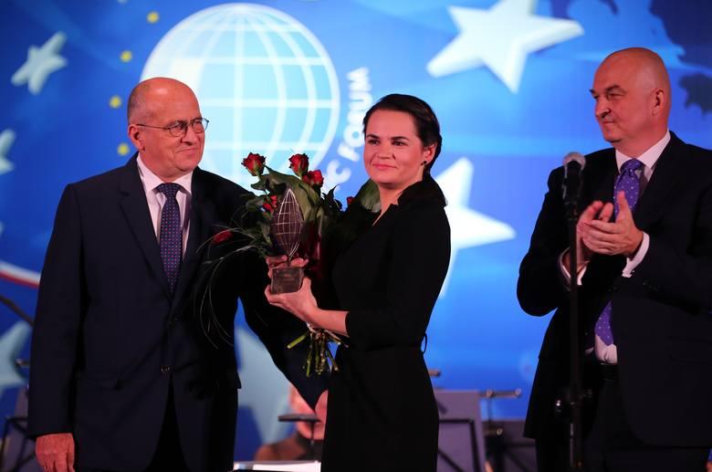 Dziś nie jestem Swiatłaną. Jestem każdym Białorusinem. To nagroda dla nas wszystkich i dziękuję za nią z całego serca – mówiła Swiatłana Cichanouska