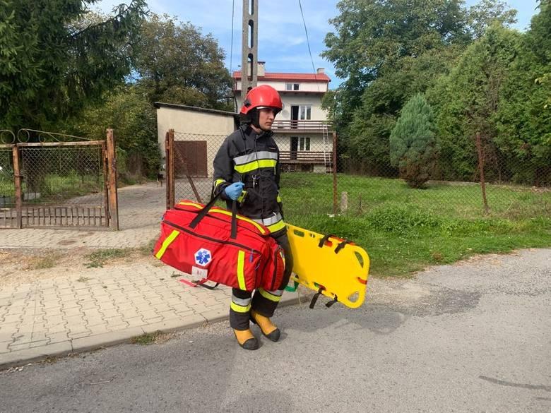 Do zdarzenia doszło w poniedziałek na ul. Koszykowej w Przemyślu. Służby ratunkowe otrzymały zgłoszenie, że na balkonie leży mężczyzna. - W chwili przyjazdu