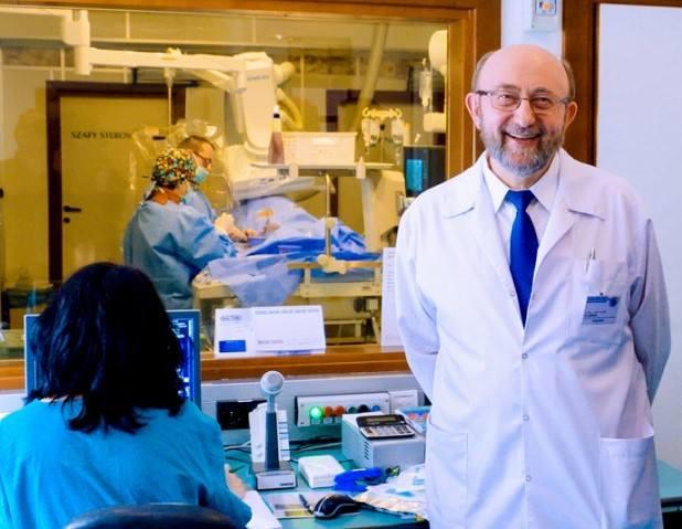 Dr hab. n. med. Andrzej Kleinrok pełni funkcję ordynatora oddziału kardiologii w szpitalu wojewódzkim im. Papieża Jana Pawła II w Zamościu. Studiował