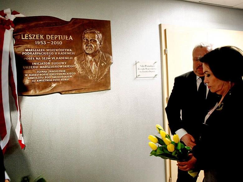 W Urzędzie Marszałkowskim uczczono pamięć Leszka Deptuły