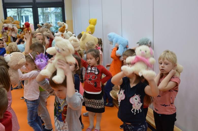 Obchody Dnia Pluszowego Misia w Przedszkolu nr 3. Dzieci starsze [ZDJĘCIA]