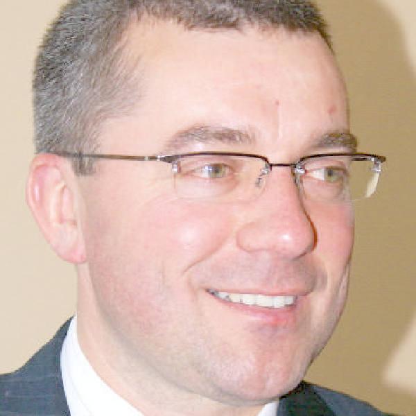 Paweł Maniszewski, nowy prezes MZK ma 38 lat. Czy rozwiąże trudną sytuację w spółce?