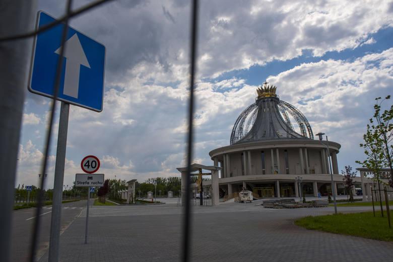 Konsekracja kościoła pw. Maryi Gwiazdy Nowej Ewangelizacji i św. Jana Pawła II już za 9 dni. Tysiące pielgrzymów przybędą z różnych zakątków świata w