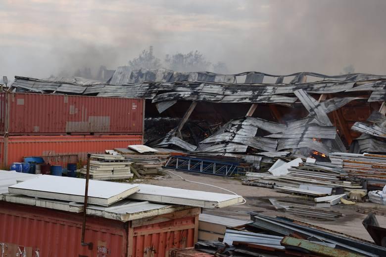 Pożar w Szczecinku w firmie OPAK