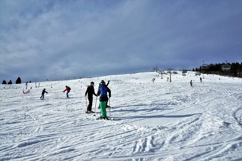 NiemcyNiemcy poinformowały 25 listopada, że będą dążyć do porozumienia z europejskimi partnerami, aby zamknąć stoki narciarskie do początku stycznia,