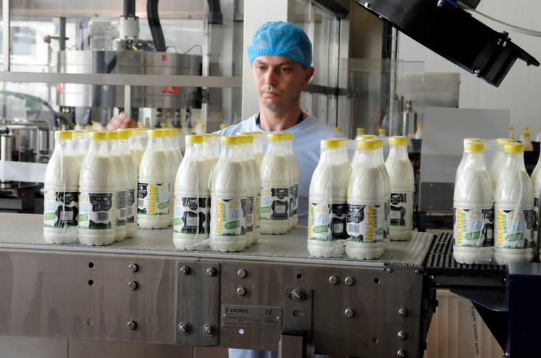 W Polsce w 2014 r. odnotowano wyhamowanie wzrostowej tendencji w konsumpcji mleka i jego przetworów. IERiGŻ - PIB szacuje, że w 2015 r. bilansowe spożycie